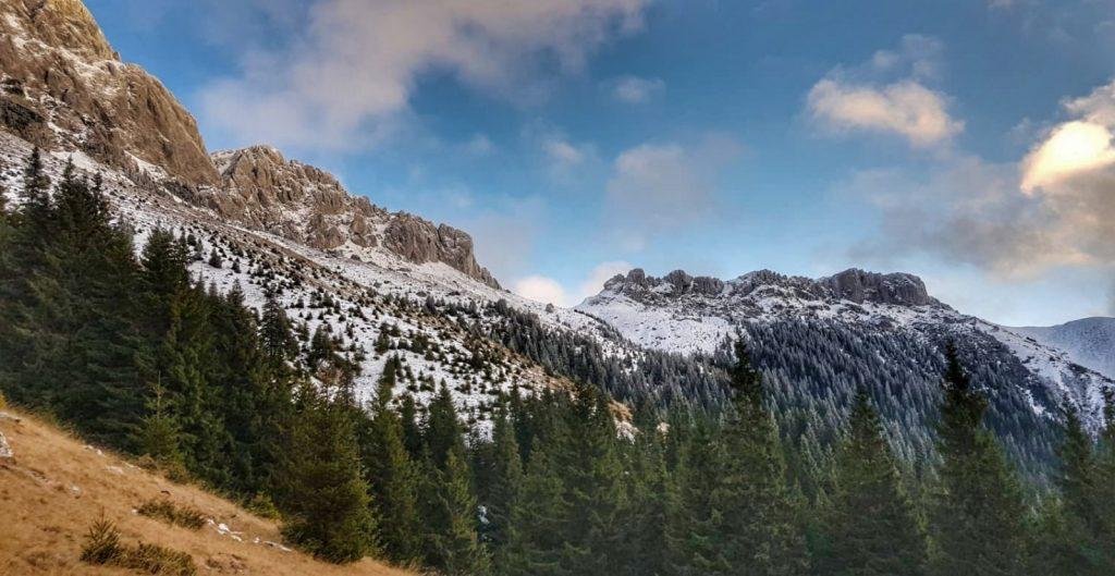 Ziua Internațională a munților. Șaua Strunga, munții Bucegi